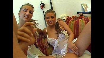 thumb Twins Anja Amp Katja Threesome Ffm Die Subjekt
