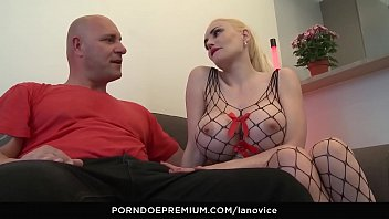 Cumming twice on hot pregnant milf