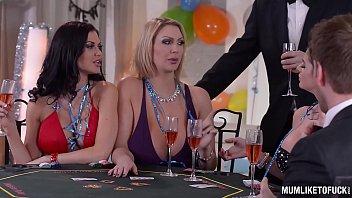 Milfs Cathy Heaven &_ Leigh Darby &_ Jasmine Jae Cum During New Year'_s Orgy