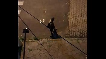 Morador de rua batendo punheta pra mim