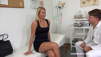 Nikita At The Gynecologist Has A Sexual Affair In The Doctors Office