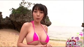 Busty Asian Gir l Went To The Beach With Her N each With Her New Boyfriend Wh