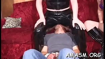 Home video with woman facesitting chap in kinky modes couple-sex real-orgasms