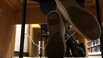 Cams4free.net - Candid College Teen Feet in Library