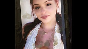 Ariel Winter Cumtribute