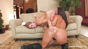 Jayden Jaymes Crashes Avy'_s Set