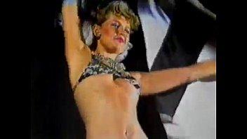 Xuxa maria da graça meneguel, anima o carnaval do atlético em 1983