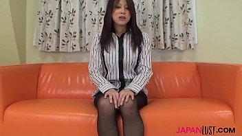 Hairy pussy Mayu Matsukawa masturbates nicely
