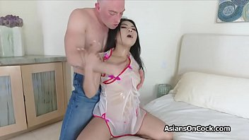 Pounding Oily V ietnamese Hottie From Behind e From Behind