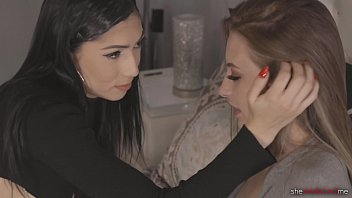 Streaming Video She Seduced Me: Seducing My Straight Roommate - Judy Jolie & Kyler Quinn - XLXX.video