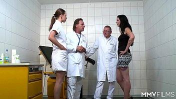 xxarxx الجبهة الألمانية تحصل على الدواء من الطبيب