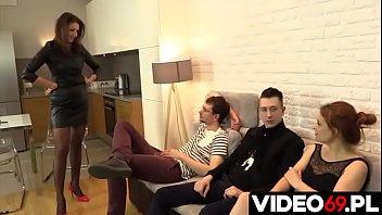 Streaming Video Polskie porno - Szefowa ostra pod każdym względem - XLXX.video