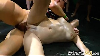 Pissing-Porno With Naughty German Nymph