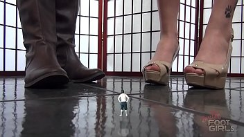 Nerds Get Crushed SFX Giantess