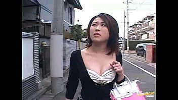 XVIDEO 爆乳お姉さんのディルドオナニー