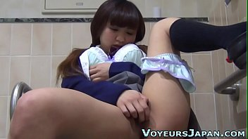 Japanese teen in uniform homemade anal pictures