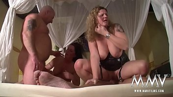 Private German Homemade Swingers Club brunette orgasm