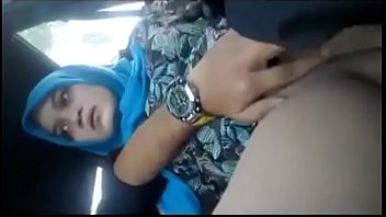 thumb Girlfriend Pussy Fingered In A Car