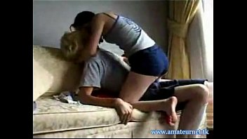 447503 young couple homemade fuck on the couch