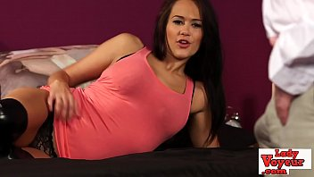 Streaming Video English teen voyeur strips for wanking guy - XLXX.video