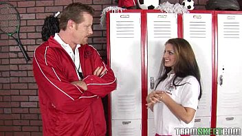 Stunning Brunet te Teen Gets Facialized In The cialized In The Lockerroom