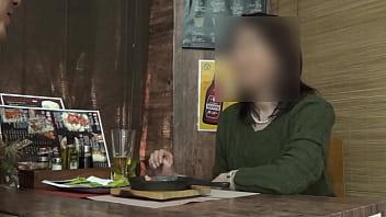 【個撮】【44歳 Dカップ 色白美肌妻 に中出し】女の性欲を飛躍的に増大させる酒を出す相席系居酒屋 Sex依存禁断症状並【個人・隠し撮り】