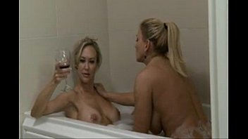 Lesbian Two Mom s Hot