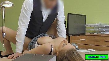 Pizde Futacioase Ce Fac Sex La Birou