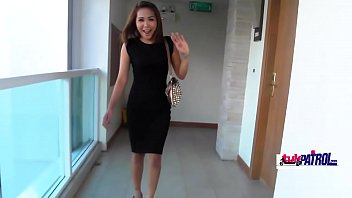 Thick Thai girl agrees to be barebacked