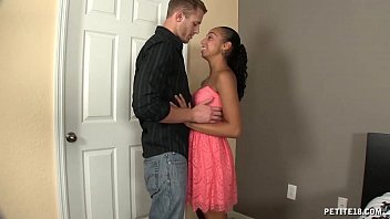 Cute Teen Gets Fucked With Her Boyfriend thumbnail