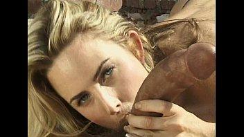 Blonda Ce Suge O Pula Stramba Xnxx Cu Vedete De Filme Xxx