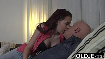 Having Sex With An Old Man Who Fucks With His Niece