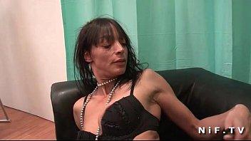 xxarxx نحيف فرنسي ناضج يحصل على عميق من المؤخرةي مارس الجنس