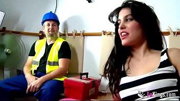 Sex Cu Un Constructor Dupa Lucrare Fute O Bruneta Curoasa