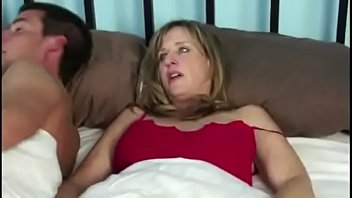 Mom and son sex in hotel - XVIDEOS.COM