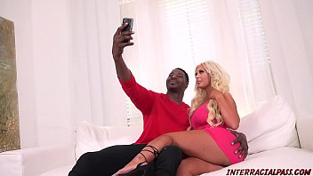 Sex Goddess Nikki Benz Enjoys A Massive Cock