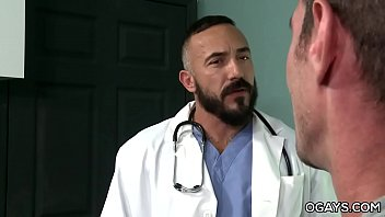 Homo Doctor Fucks With His Patient