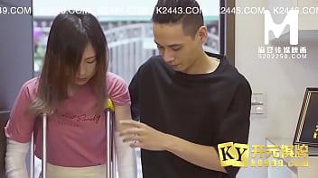【国产】麻豆传媒作品/MDX 0069负伤缠满绷带的妹妹被哥哥强行插入 001/免费观看