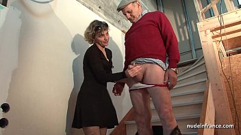 Horny french mom hard anal pounded and facial jizzed in 3some with Papy Voyeur  #1230594