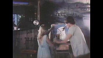 洋画レイプシーン:U.S.A 変態/Little Orphan Dusty | 映画版 レイプの杜