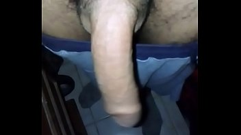 Chico de argentina masturbandonse
