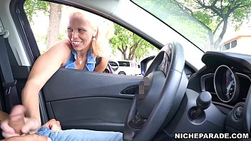 NICHE PARADE - Flashed Cock At Sexy Cougar On The Street And Was Rewarded - XNXX.COM->