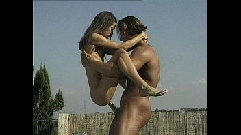 This standing guy holding girl sex pounded fantasy)))) Bravo