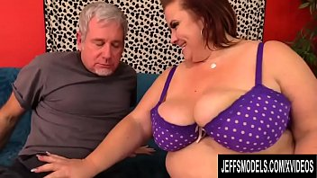Busty Mature Pl umper Lady Lynn Is Worshiped A  Is Worshiped And Pummeled Hard By A Grandpa