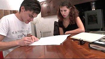 xxarxx يحصل خبطت جميلة الطالب الفرنسي في سن المراهقة