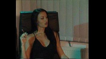 familienangelegenheiten laura porno