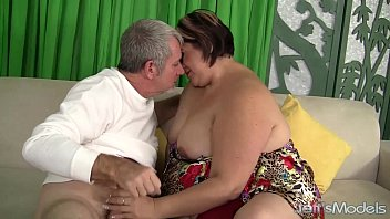 Mature Latina P lumper Gets Her Pussy Pounded  Pussy Pounded