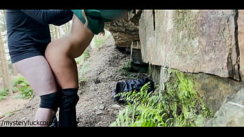 Streaming Video Risky Fuck In The Woods With Small Teen, Begs To Fuck And Suck My Cock And Then Swallows My Cum - XLXX.video
