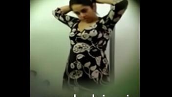 desi indian bhabhi changing dress captured by devar
