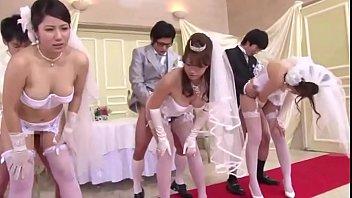 XVIDEO 結婚式で母息子の近親相姦セックス